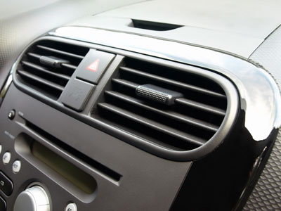 car air conditioning regas Brisbane